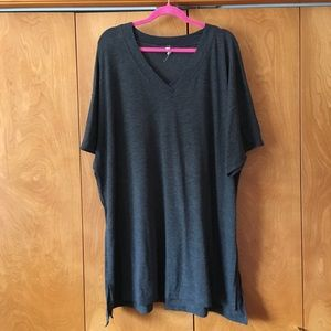 Oversized tunic tee with slits